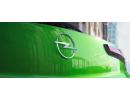 Opel змінює свою легендарну блискавку. Новий логотип для нового Opel Mokka