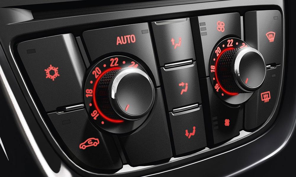 Opel Astra, клімат-контроль