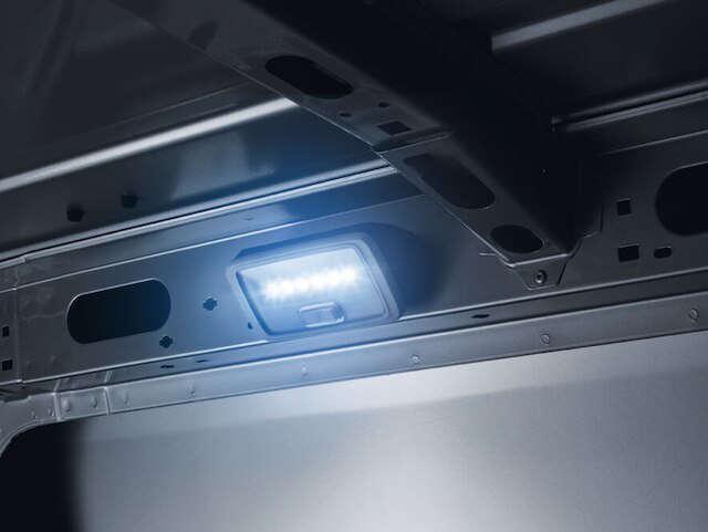 Opel, Movano, безпечні перевезення, світлодіодна лампа